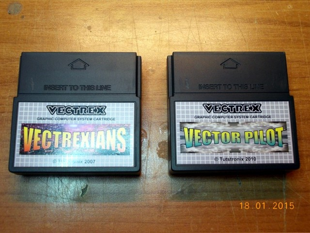 Vector Pilot and Vectrexians cartridges